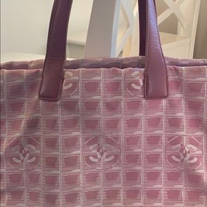 CHANEL New Travel Line pink tote